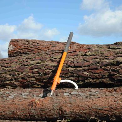 Ferramentas para trabalho florestal